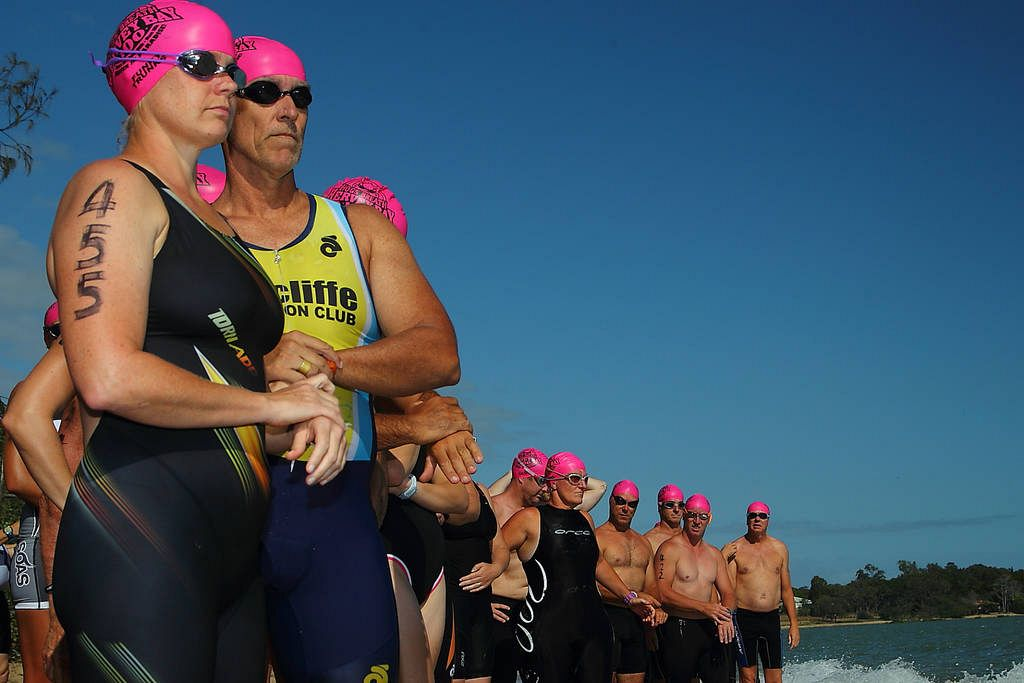 many hands make happy triathletes at hervey bay 100 this. Black Bedroom Furniture Sets. Home Design Ideas